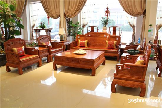 红木沙发要多少钱一套?